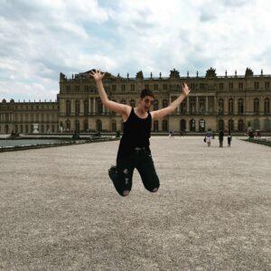 Anna Merkel jumping!